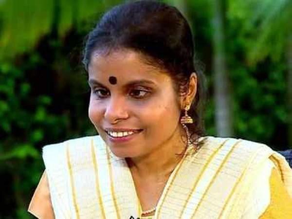 marriage done for singer vaikkam vijayalakshmi