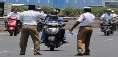 No need to carry physical copies of driving licence, other vehicle documents says Madras HC