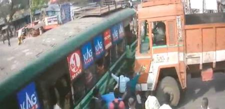 kanchipuram-bus-lorry-accident