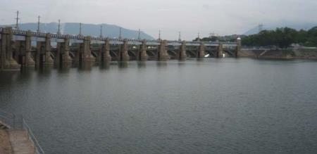 mettur dam water qty losses
