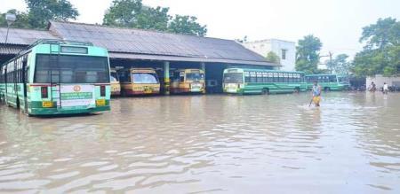 VIRUTHUNAGAR RAIN AND RAJAPALAYAM AYYANAR FALLS FLOOD