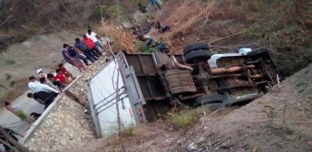 in mexico a lorry accident 25 peoples died