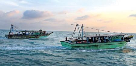 cyclone alert for fishermen