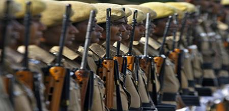 police and rowdy in gun sale