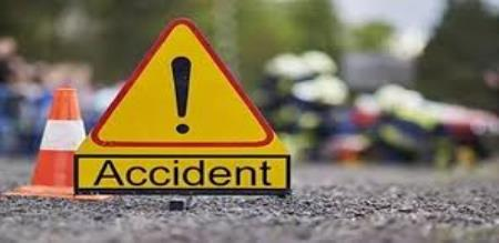 lorry van accident in krishnagiri