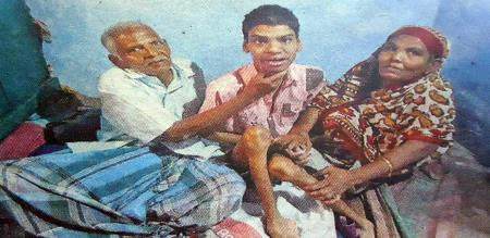 a handicapped boy in struggle to get his fund from the bank