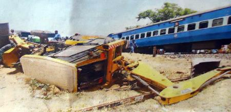 un manned level crossing accident