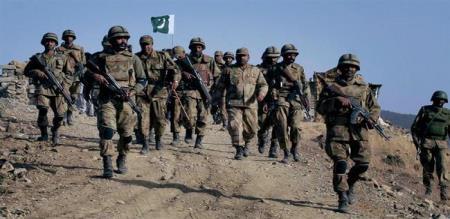 pakistan 4 soldiers killed