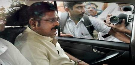 TTV DINAKARAN CONFUSED CANDIDATE NAME
