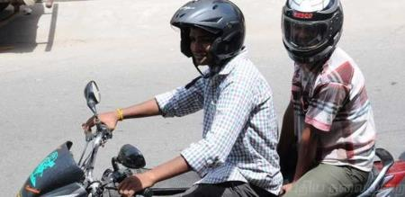helmet issue: police ride will start on namakkal.