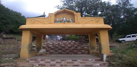 varratha neerrru temple