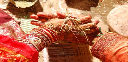 Madurai one Girls Is Suicide After Marriage