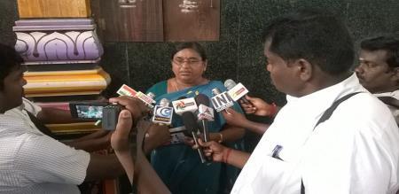 admk ex mla sarsavathi arrested
