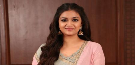 keerthi suresh in night party