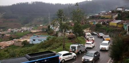 OOTY CLIMATE GOOD, PEOPLE ARE HAPPY