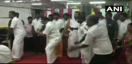admk minister velumani dance