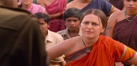 sonakshi simha cheated by amazon