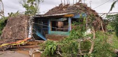 gaja cyclone relief fund in kerala