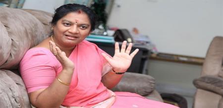 court order to social media remove sasikala pushpa photos