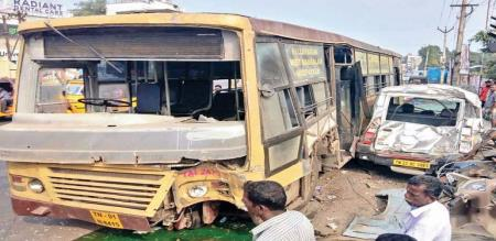in chennai a accident due to vehicle handling problem MTC bus