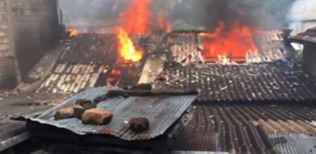 THENKASI VINAYAGAR CHATURTHI PROBLEM TWO SHOPS WILL BURNED BY SOME PEOPLES