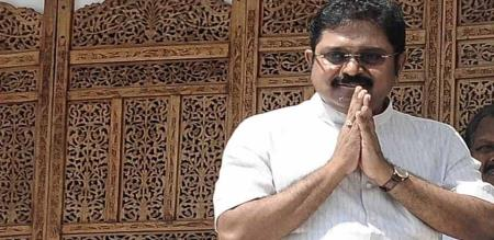 case filed on dinakaran