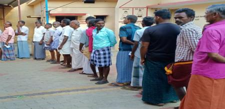 brisk-polling-booths-in-tamilnadu-with-the-invading-people-interest