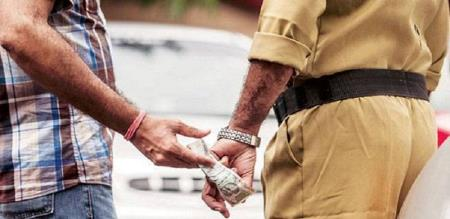 sand robbery in trichy with police support