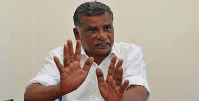 Tamilnadu CPI Mutharasan angry about Medical quota