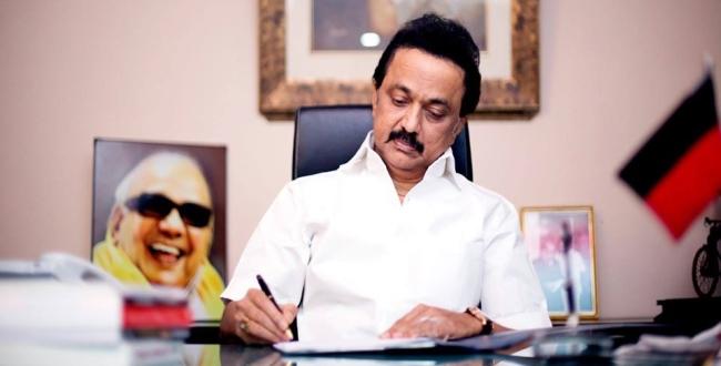 DMK send lawyer notice to BJP