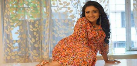 actress meera vasudevan speech