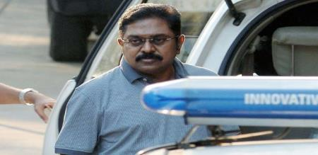 pugazhendhi says ttv dinakaran jail
