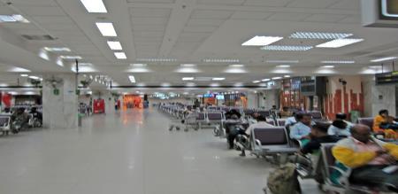 in Philippians girl wear 2 kg dress in airport