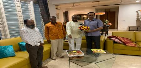 Tamil producers met with anbumani MP and thank him