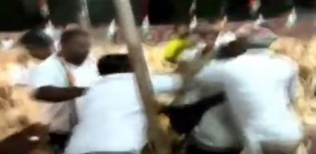 Journalist attacked in virudhunagar congress meeting
