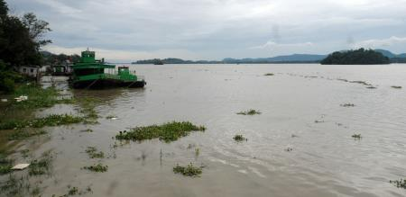 Assam Brahmaputra river flood rain announced by weather report peoples panic