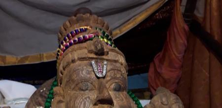 athivarathar old close up photo without make up