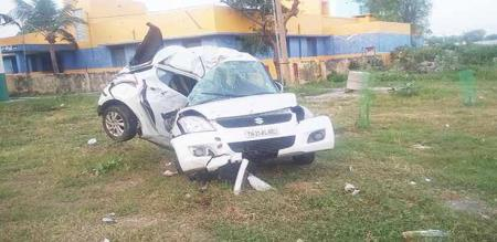 in perampalur car accident 2 friends died 2 friend injured