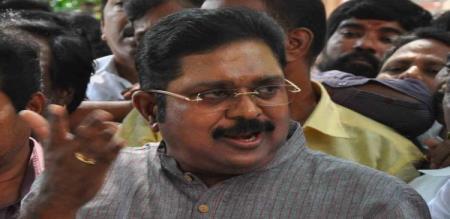 dhinakaran says thambidurai and eps are acting