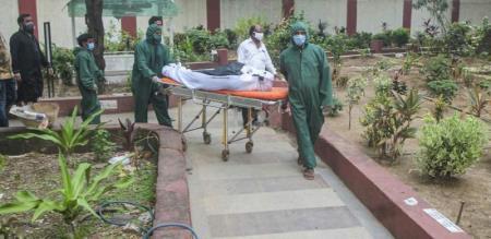29 years men death by corona in villupuram