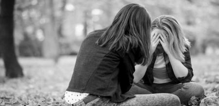 girl help for friend love and suicide