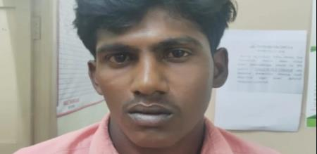 in Dindigul illegal affair youngster petrol bomb in mango goods down