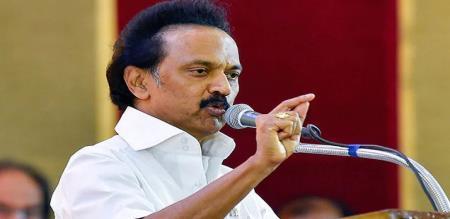dmk stain visit keeladi excavation and says save tamilan culture
