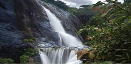 waterfall increased in kutralam