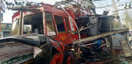in erode lorry accident in electric transformer