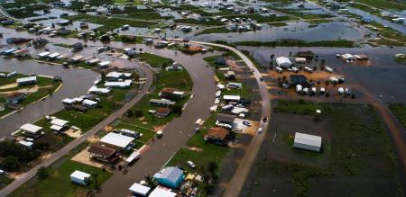 cyclone in america heavy flood