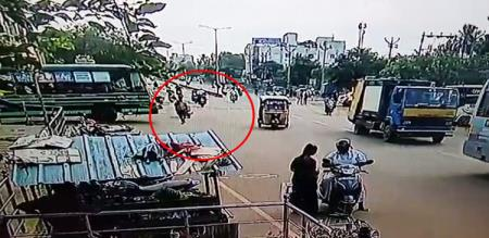 in sivagangai bus accident man died