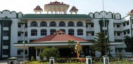 high court says about tasmac