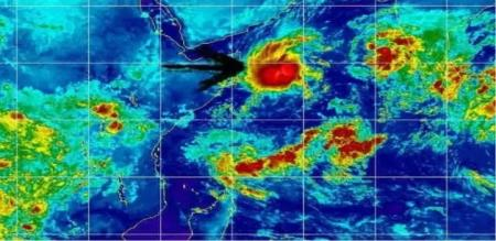 pawan cyclone in arabian sea