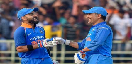 indian player says about kohli and dhoni